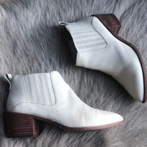 Madewell Cream Ankle Boots 6.5
